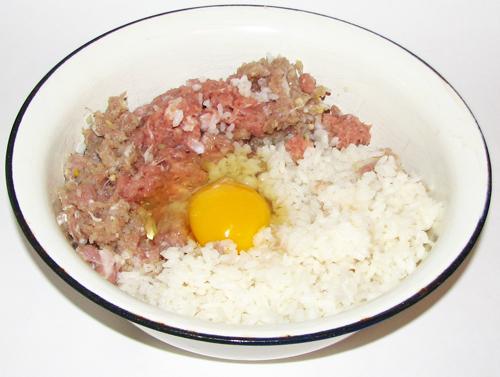 фарш, рис, яйцо