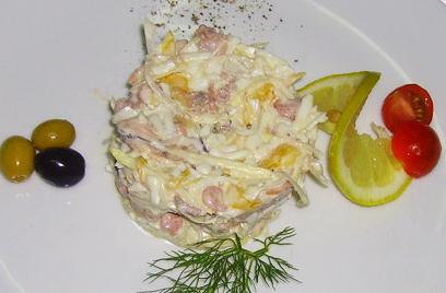 салат из морепродуктов морской