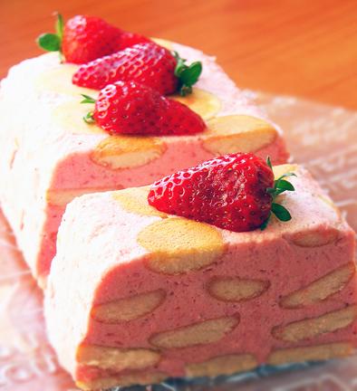 клубничный десерт торт