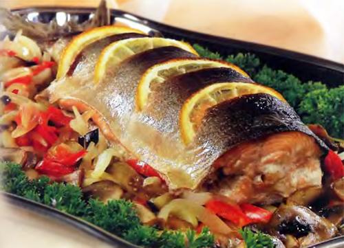 Рыба с овощами и грибами