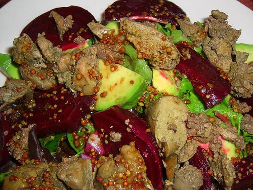 салат из свеклы и печени